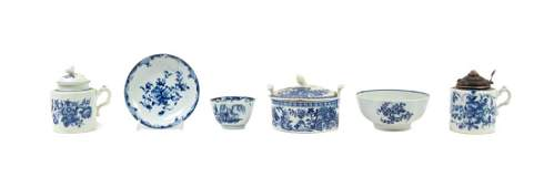 A Collection of Worcester Porcelain Articles Height of