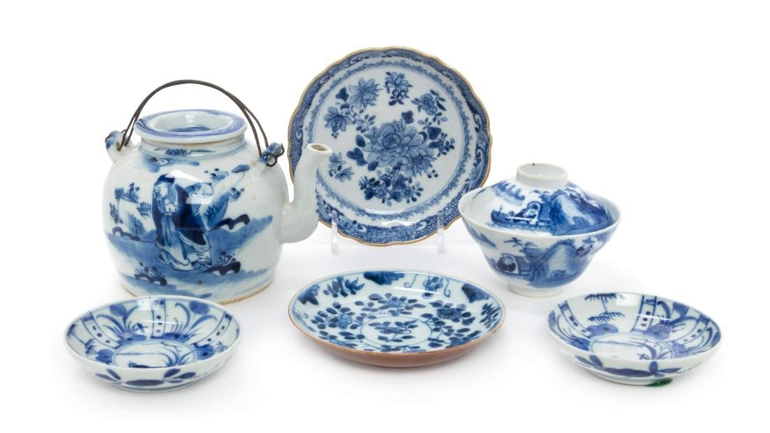 Six Chinese Blue and White Glazed Porcelain Articles