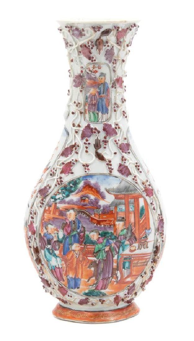 A Chinese Export Porcelain Vase