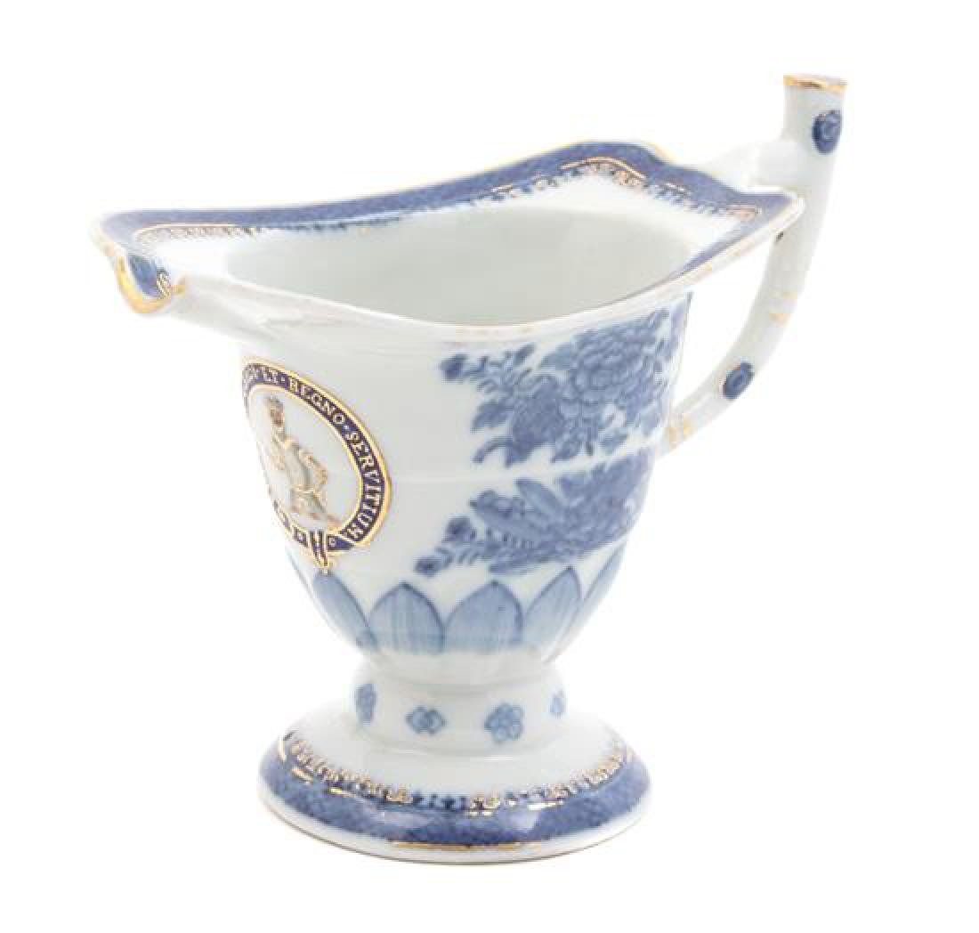 A Chinese Export Blue and White Porcelain Helmet