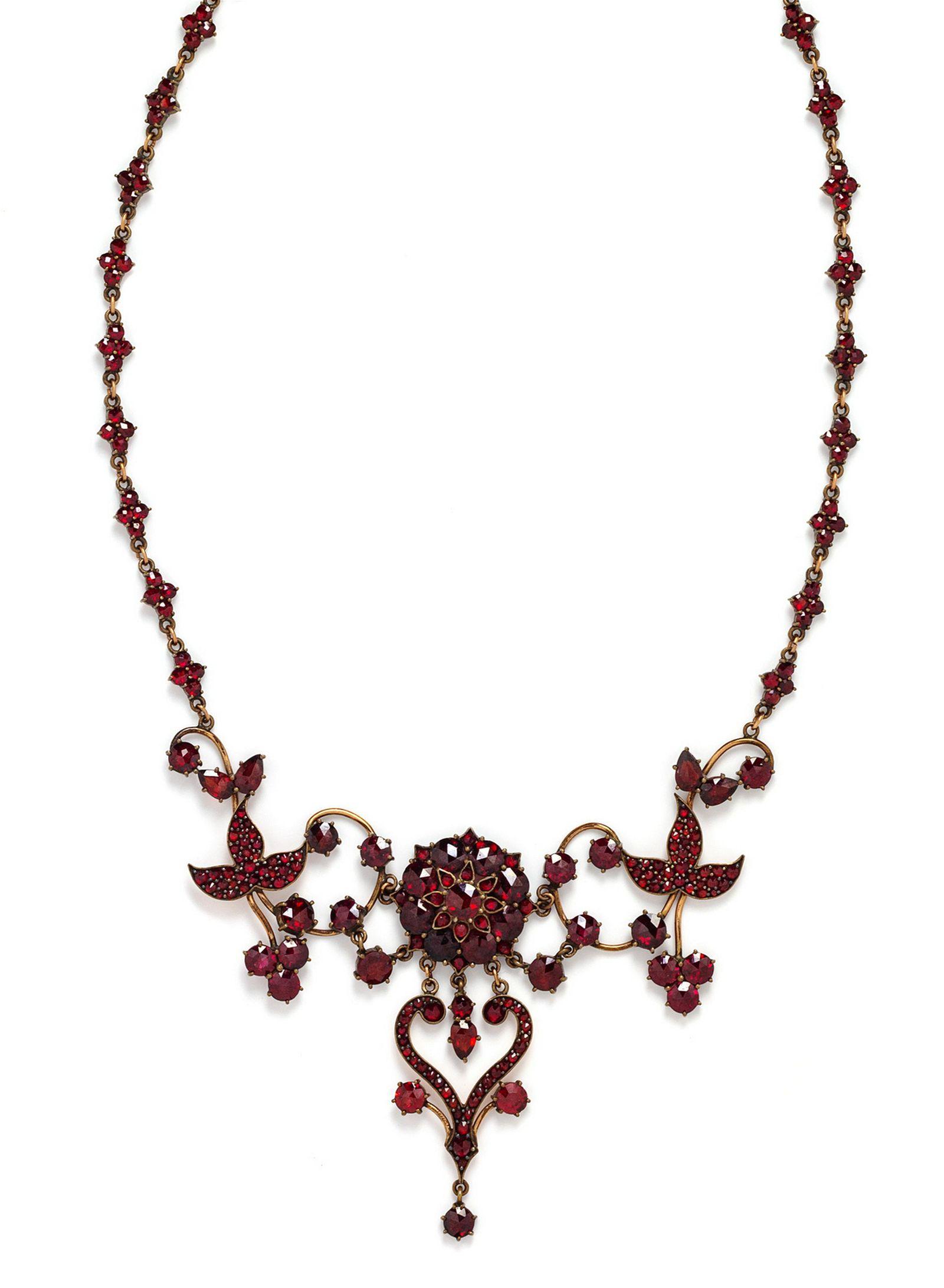 A Victorian Gold Filled Bohemian Garnet Necklace,
