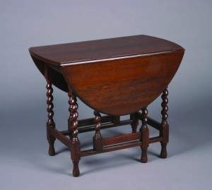 A William and Mary Style Gate-Leg Drop Leaf Table, H