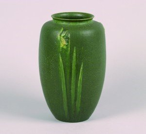 1262: A Grueby Vase designed by George Prentiss Kendric
