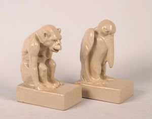 1265: Two Teco Pottery Bookends Height 6 1/2 inches.