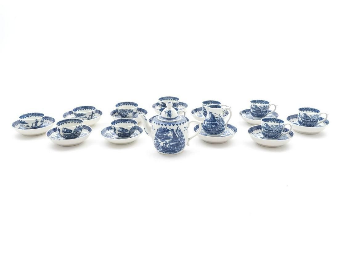 A Worcester Blue and White Porcelain Child's Tea