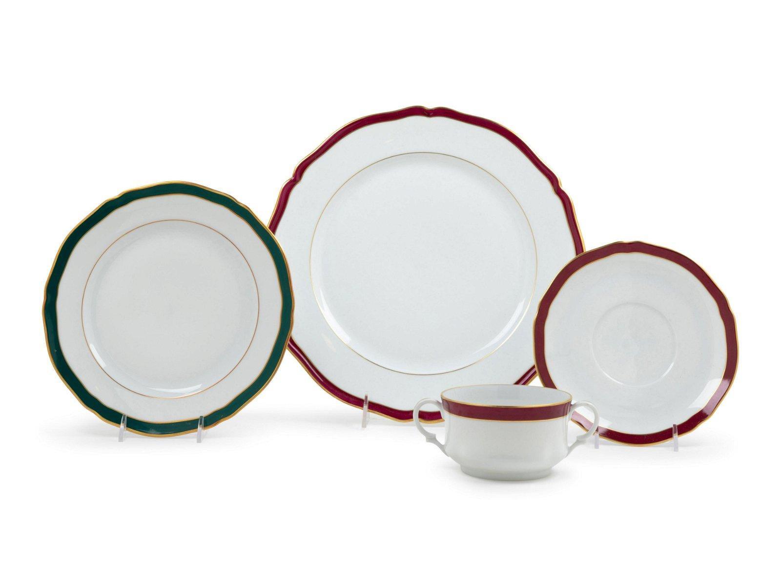 A Limoges Porcelain Dinner Service