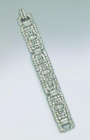 3: A Lady's Art Deco Platinum and Diamond Bracelet, Len