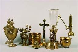 843 A Collection of Brass Decorative Articles