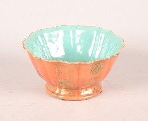 1141: A Chinese Orange and Gilt Ground Foliate Bowl, Di