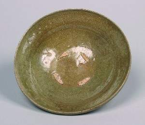 A Chinese Longquan Celadon Glazed Bowl. Height 2