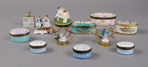 379: A Group of Eight Porcelain Boxes, Width of widest