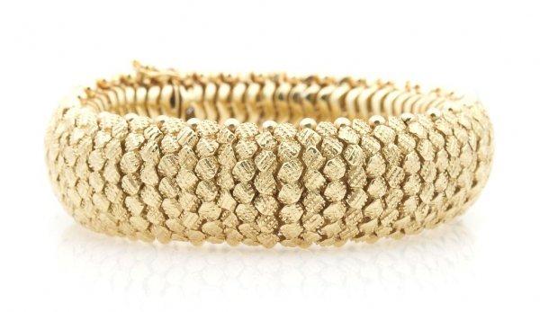 An 18 Karat Yellow Gold Bracelet, Italian, 62.67 dwts.