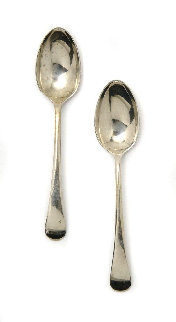 A Two English Silver Berry Spoons, Thomas Streetin, Len