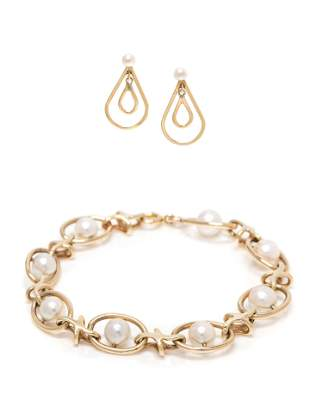COLLECTION OF YELLOW GOLD AND CULTURED PEARL JEWELRY
