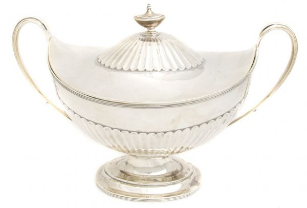 550: An English Silver Covered Tureen, Joseph Hicks, Wi