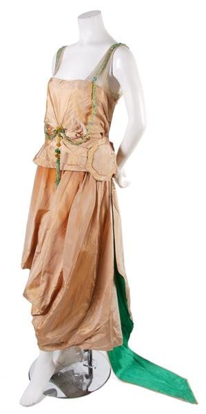 15: A French Couture Silk Taffeta Evening Dress,