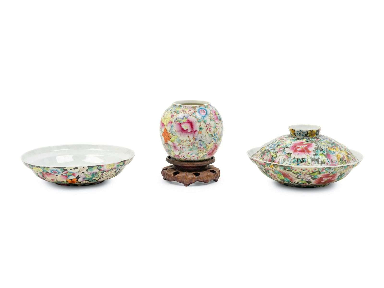 Three Chinese Famille Rose Porcelain 'Millefleur'