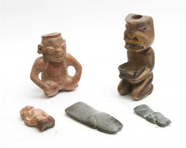 1007: A Collection of Pre-Columbian Style Seated Figure