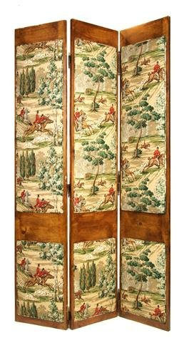 19: An English Three Panel Walnut Floor Screen, Height