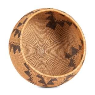 Maidu Basket height 5 1/2 inches x diameter 9