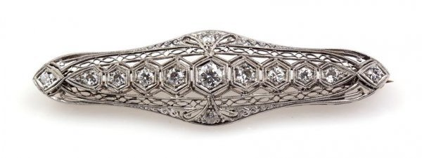 An Art Deco Platinum and Diamond Brooch, 4.50 dwts.