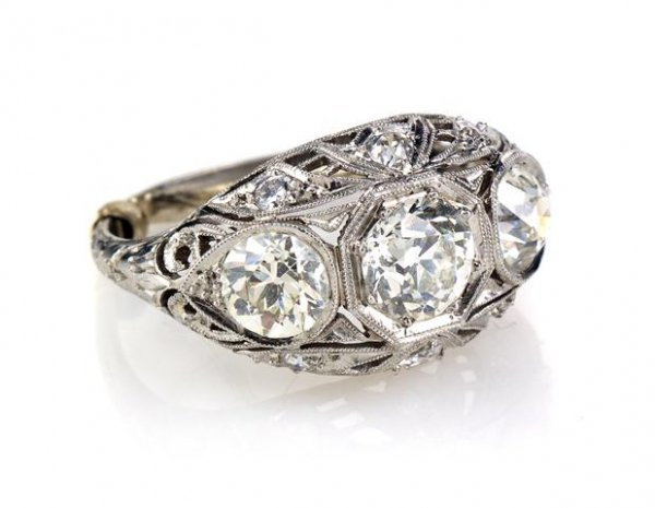 An Art Deco Platinum and Diamond Ring, 4.00 dwts.