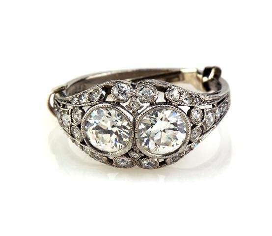 An Art Deco 14 Karat White Gold and Diamond Ring, 2.00