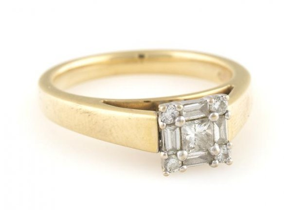 A 14 Karat Yellow and White Gold and Diamond Ring, 3.61