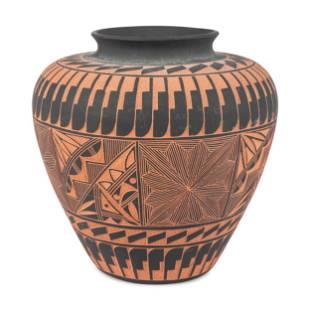 Large Acoma Pottery Jar
