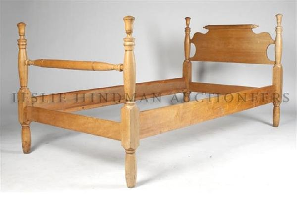 A Pair of American Pine Bed Frames, Height of headboard