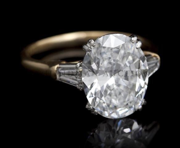 An Exquisite Platinum and 18 Karat Yellow Gold Diamond