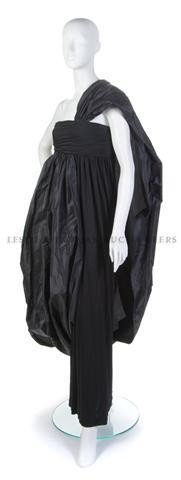 7: A Bill Blass Black Silk Crepe Evening Gown,