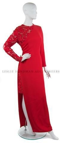 14: A Bill Blass Red Crepe Evening Gown,