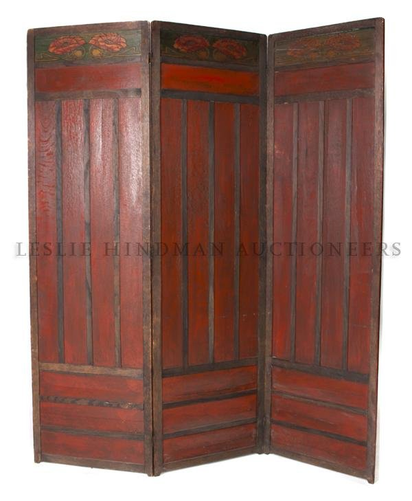 1176: A Stickley Three Panel Floor Screen, Height 68 x