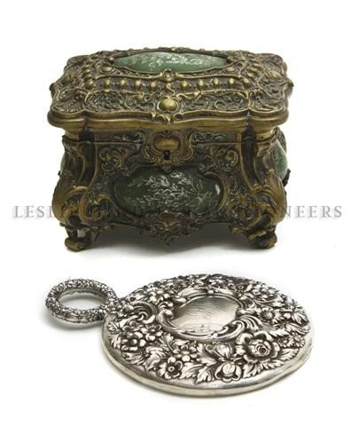 16: A Bronze Jewelry Casket, Height of first 5 inches.