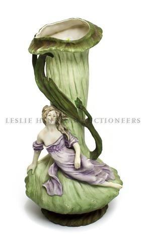 18: A Czechoslovakian Art Nouveau Style Vase, Amphora,