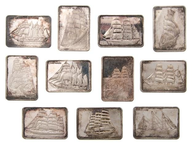 622: A Collection of Fourteen Silver Ingots, Width of e