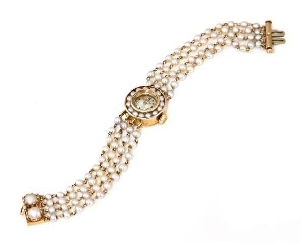456: A 14 Karat Yellow Gold and Cultured Pearl Wristwat