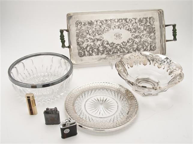 564: A Collection of Silverplate and Silver Decorated G