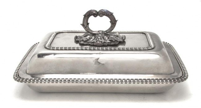 657: A Regency Silver Covered Entree, Width 11 1/4 inch