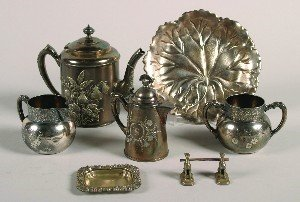 393: A Silver Plate Repousse Teapot, Height of teapot 8
