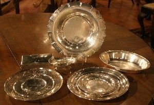 397: A Group of Silver Table Articles, Diameter of tray