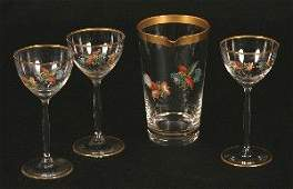 805 A Collection of Miscellaneous Glass Table Articles
