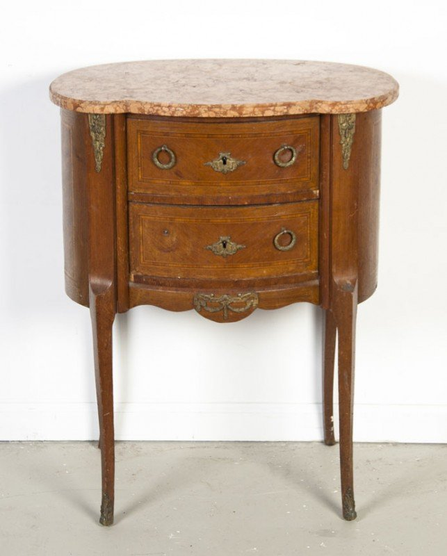 22: A Louis XVI Style Diminutive Commode, Height of fir
