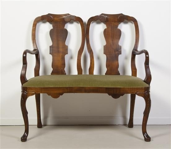 2: A Georgian Style Mahogany Double Back Settee, Width