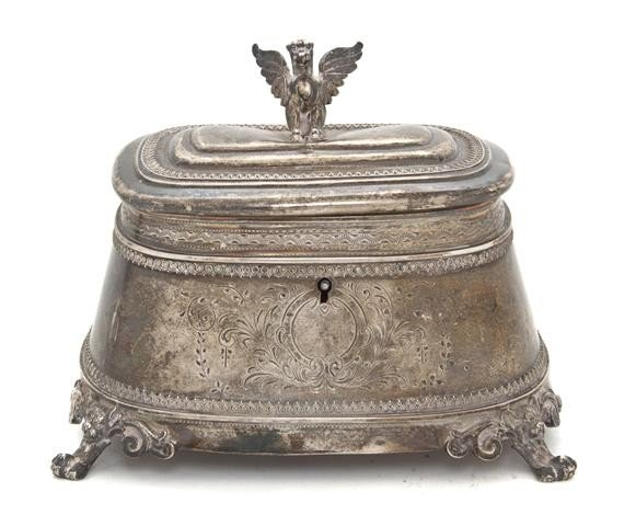 539: A Continental Silver Box, Length 6 inches.