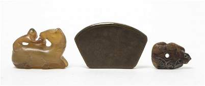 630: A Group of Three Chinese Hardstone Articles, Lengt
