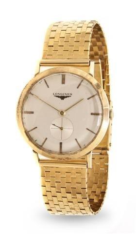 313: A Yellow Gold Mechanical Wristwatch, Longines,