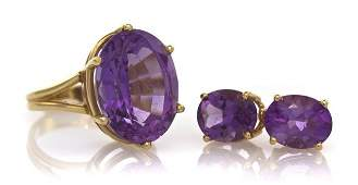 430: A Suite of 14 Karat Yellow Gold and Amethyst Jewel
