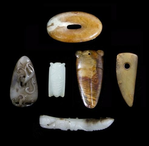2: A Collection of Archaistic Style Jade Articles, Leng